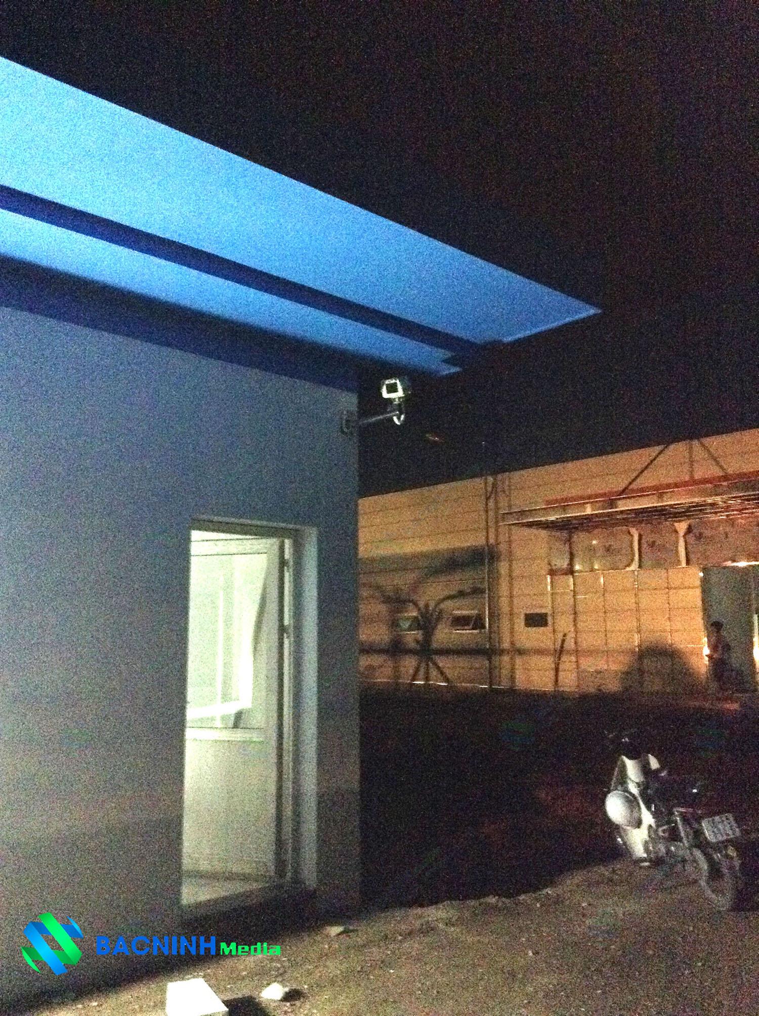Với chức năng ghi hình 24/24 và hệ thống cảm biến hồng ngoại ban đêm giúp hệ thống hoạt động ổn định ngay cả ban đêm