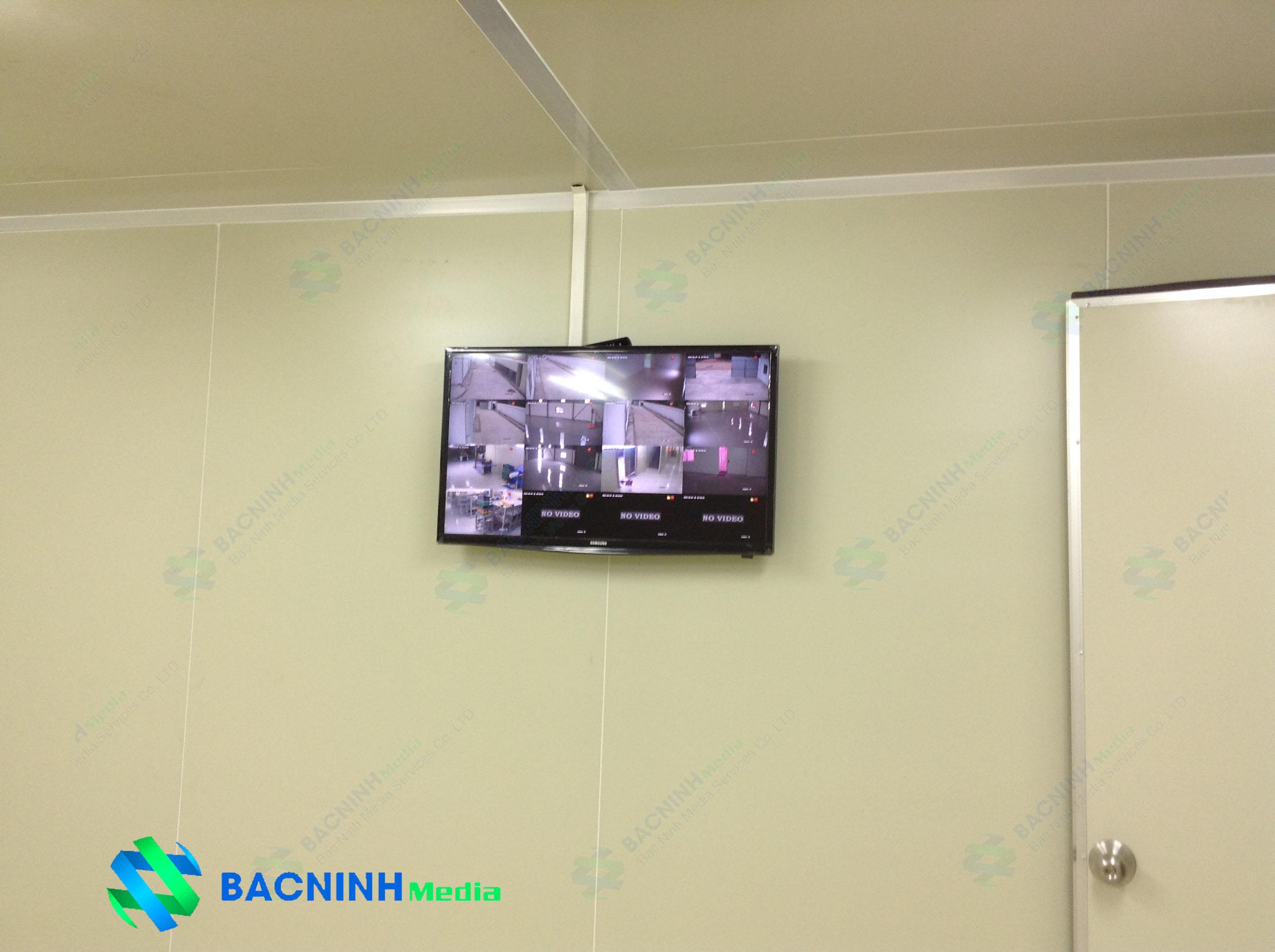 Hệ thống camera quan sát với màn hình theo dõi nhiều camera cùng lúc