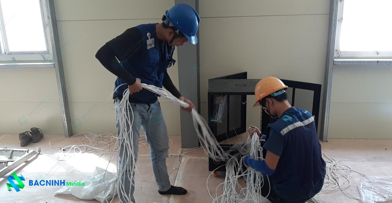 Lắp đặt hệ thống mạng nội bộ và hệ thống camera quan sát cho tòa nhà Lotte Hà Nội