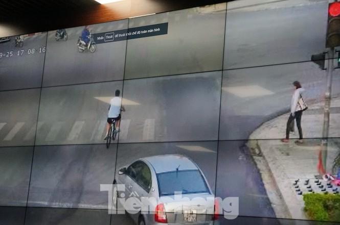 Hình ảnh vi phạm giao thông được truyền từ camera về Sở TTTT tỉnh Bắc Ninh.